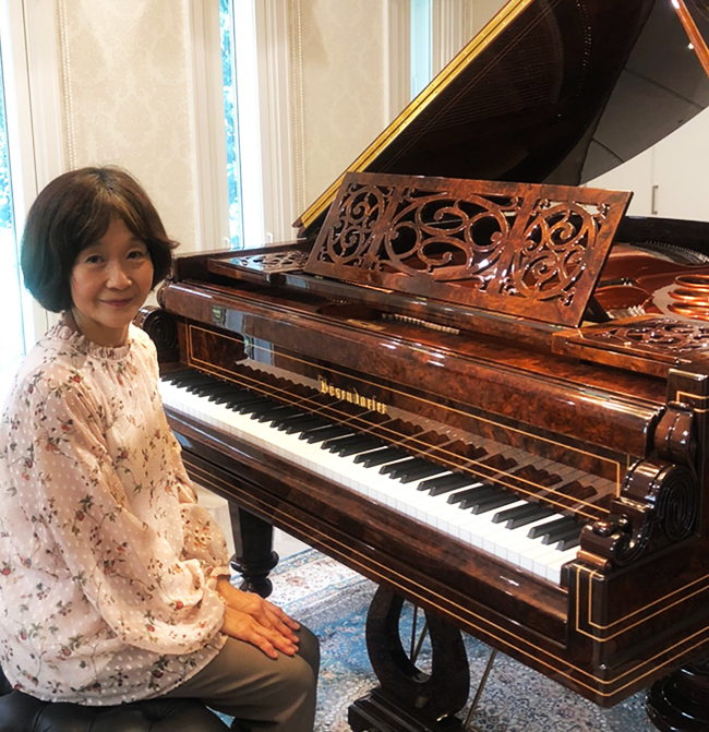 お客様の声:待望のピアノがついに我が家に納まり、感動で震える思いです。 千葉県 ベーゼンドルファー 170 VIENNA(ビエナ)